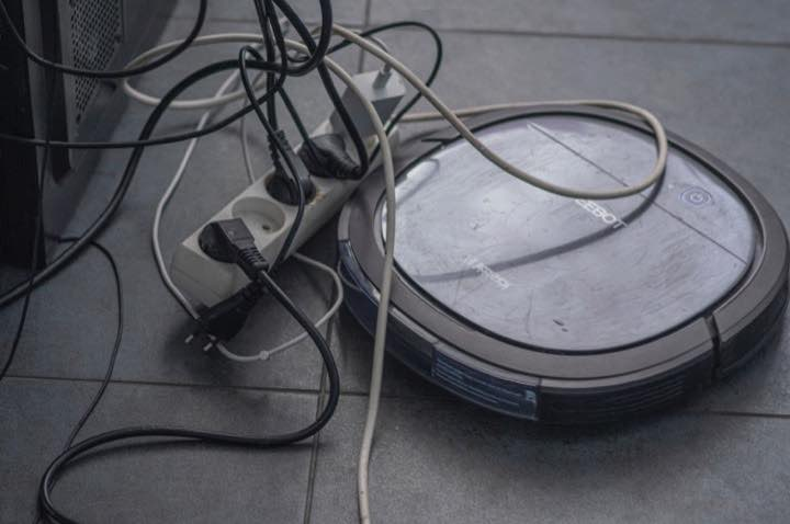 Robot Vacuum Faulty Wires Cables